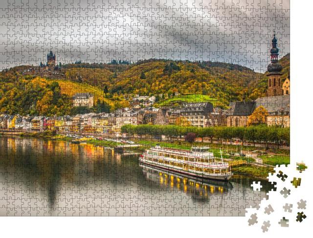 """Puzzle 1000 Teile """"Historische Stadt Cochem an der romantischen Mosel, Deutschland"""""""