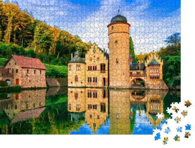 """Puzzle 1000 Teile """"Schönes romantisches Schloss Mespelbrunn in Deutschland"""""""