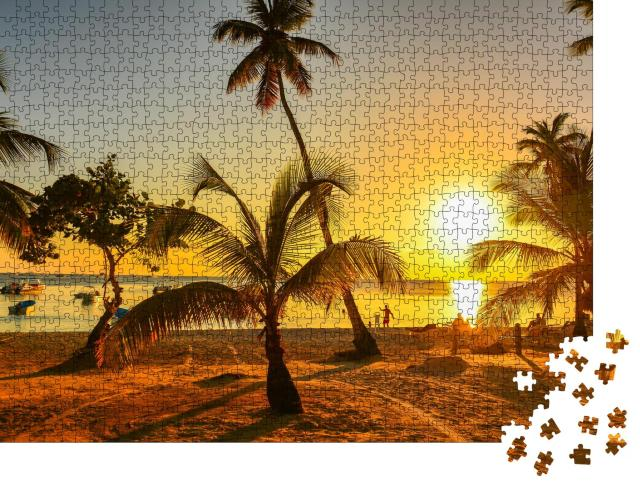 "Puzzle 1000 Teile ""Sonnenuntergang in der Karibik, Dominikanische Republik"""