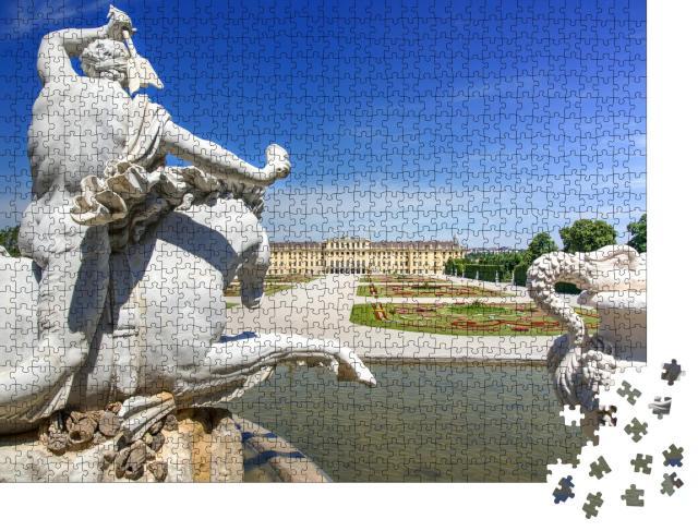 """Puzzle 1000 Teile """"Neptunbrunnen und das prächtige Schloss Schönbrunn in Wien"""""""