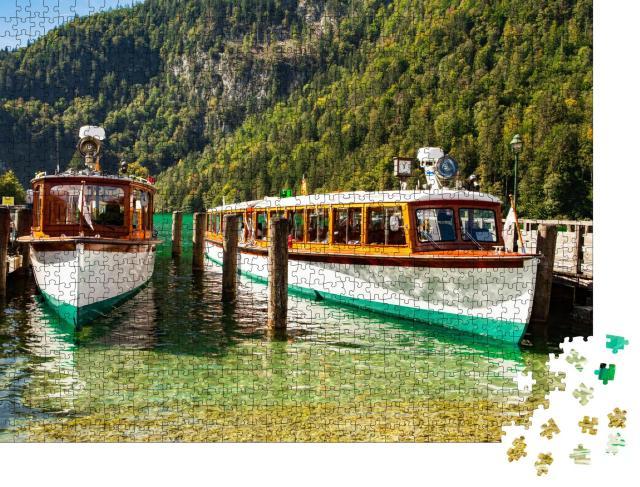 """Puzzle 1000 Teile """"Elektrische Touristenboote auf dem Königssee, Bayern"""""""