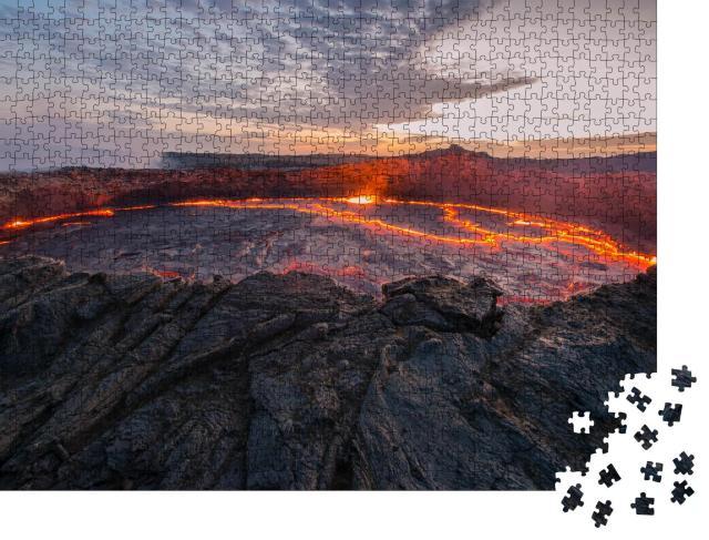 """Puzzle 1000 Teile """"Ertale ist der aktivste Vulkan Äthiopiens"""""""