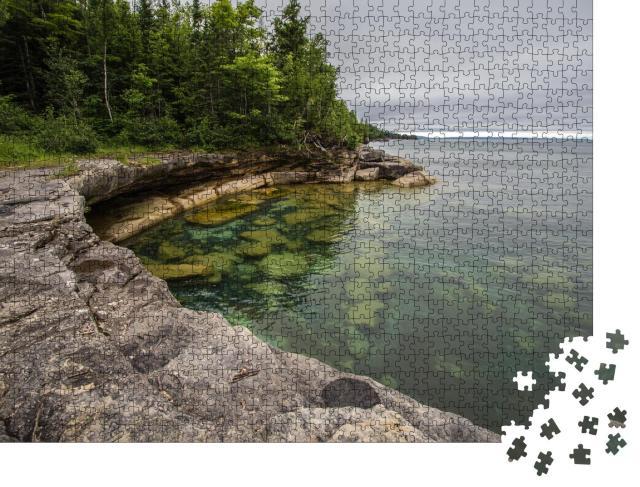 """Puzzle 1000 Teile """"Bucht an der Küste des Lake Superior in Michigan"""""""