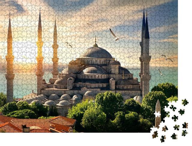 """Puzzle 1000 Teile """"Möwen über der Blauen Moschee und dem Bosporus in Istanbul"""""""