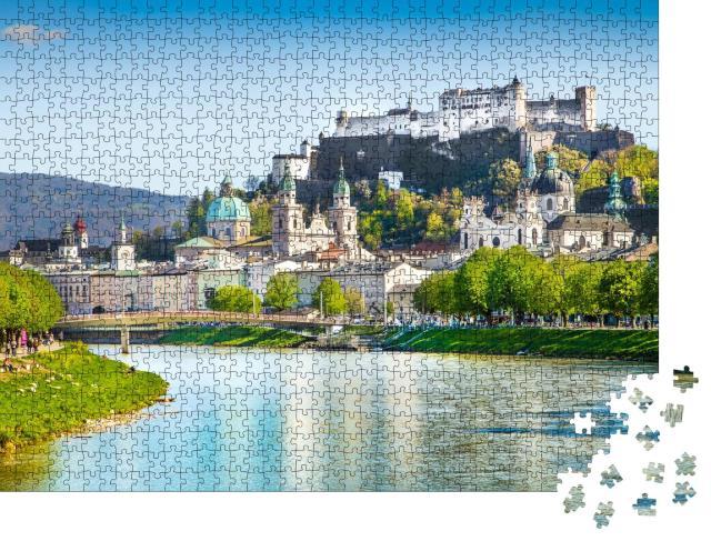 """Puzzle 1000 Teile """"Salzburger Skyline mit Festung Hohensalzburg und Salzach im Sommer, Österreich"""""""
