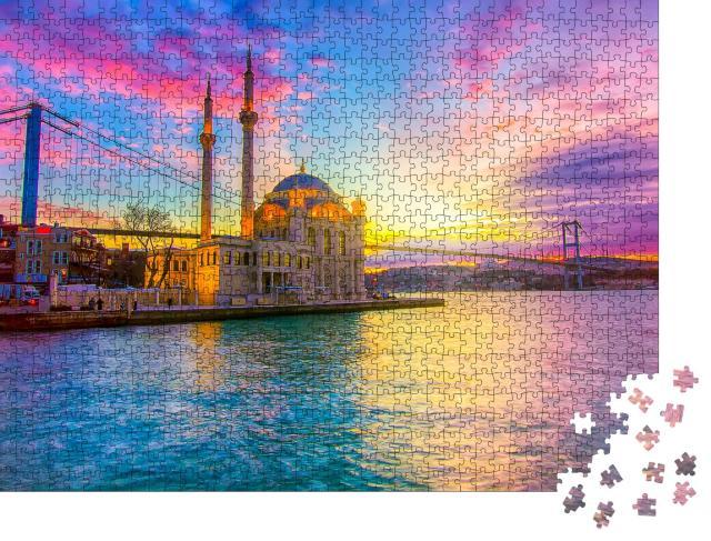 """Puzzle 1000 Teile """"Sonnenaufgang am Bosporus vor der Ortakoy-Moschee in Istanbul"""""""