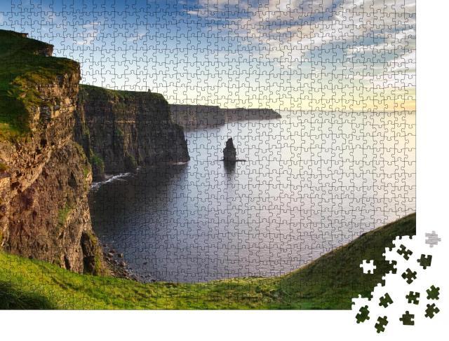 """Puzzle 1000 Teile """"Cliffs of Moher im stimmungsvollen Sonnenuntergang, Irland"""""""