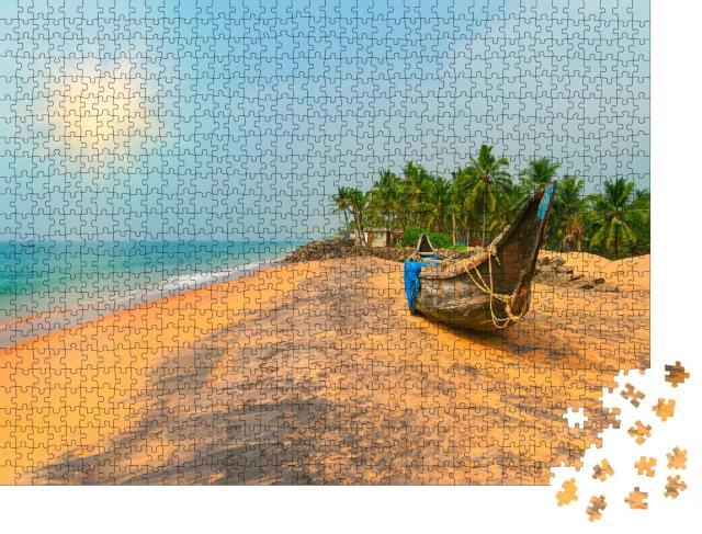 """Puzzle 1000 Teile """"Fischerboot am tropischen Strand in Varkala, Kerala, Indien"""""""