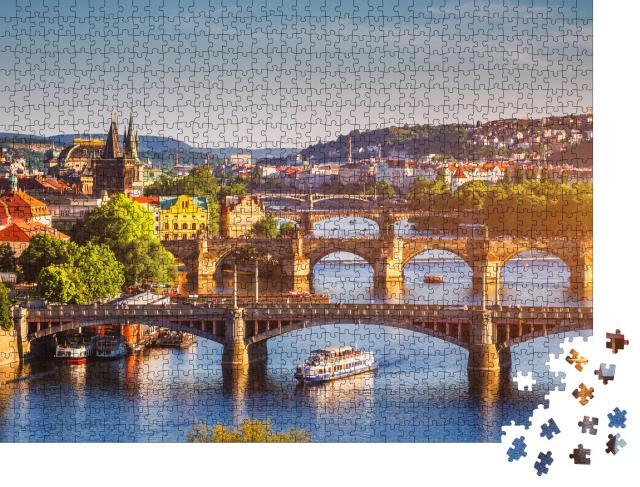 """Puzzle 1000 Teile """"Sonnenuntergang über der Karlsbrücke in Prag, Moldau, Tschechische Republik"""""""