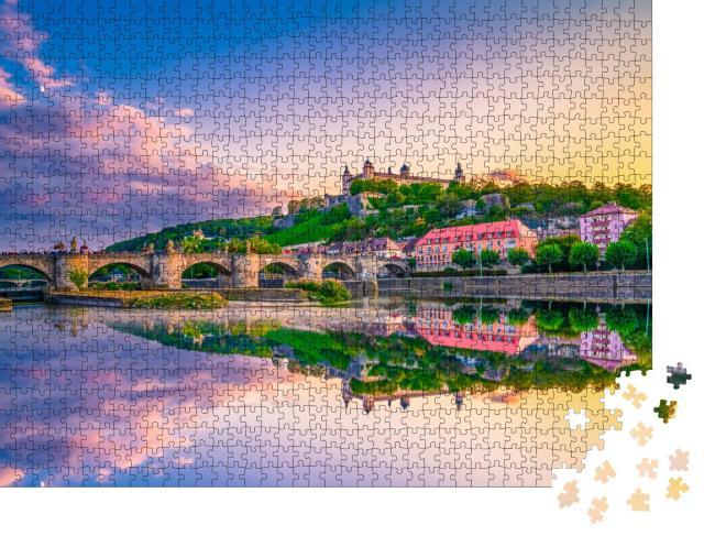 """Puzzle 1000 Teile """"Festung Marienberg und die Alte Mainbrücke, Würzburg, Bayern"""""""
