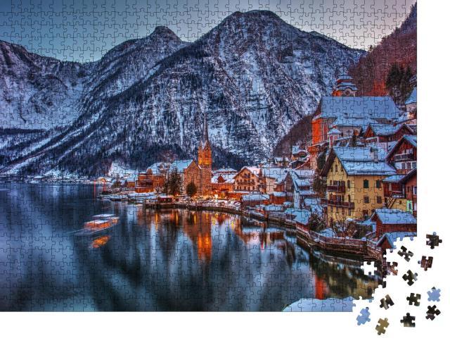 """Puzzle 1000 Teile """"Winterliche Szene: Hallstadt als Märchenstadt, Österreich"""""""