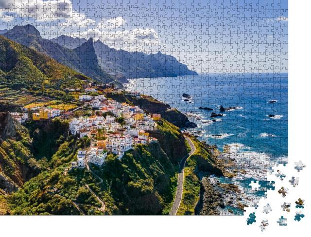 """Puzzle 1000 Teile """"Wunderschönes Küstendorf auf Teneriffa, Kanarische Inseln"""""""