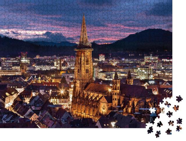 """Puzzle 1000 Teile """"Freiburger Münster zur blauen Stunde, Deutschland"""""""