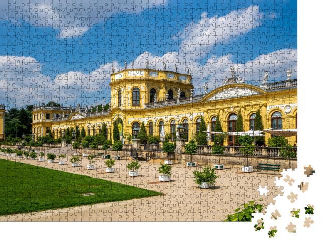 """Puzzle 1000 Teile """"Historische Orangerie im Park Karlsaue in Kassel, Deutschland"""""""