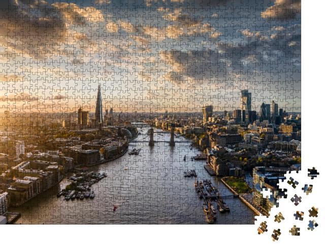 """Puzzle 1000 Teile """"Breiter Panoramablick auf die moderne Skyline von London, Vereinigtes Königreich"""""""