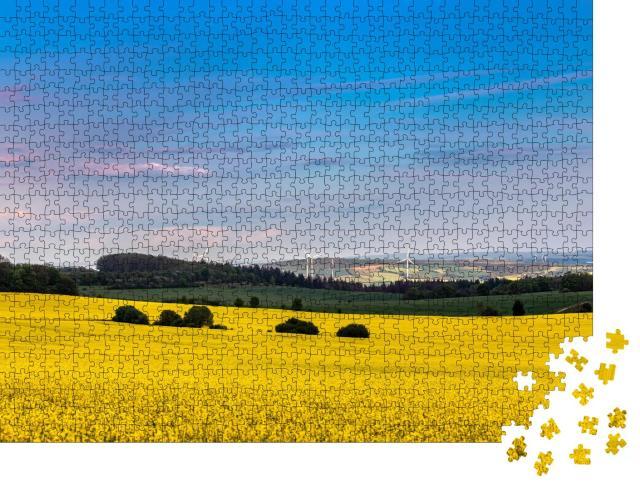 """Puzzle 1000 Teile """"Wunderschönes Rapsfeld im Nationalpark Hainich, Thüringen"""""""