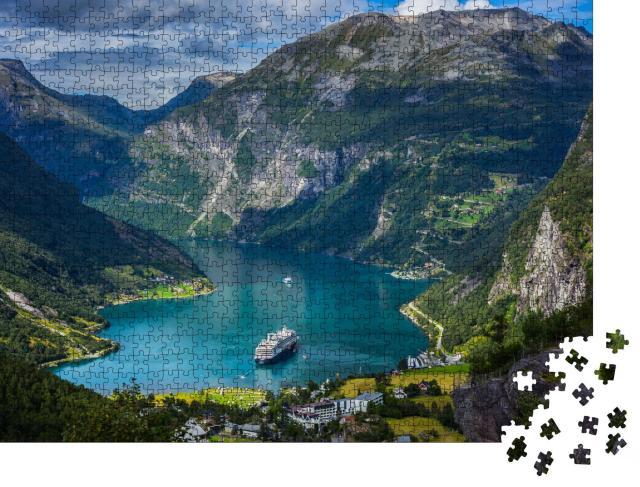 """Puzzle 1000 Teile """"Beeindruckender Geirangerfjord, Norwegen"""""""