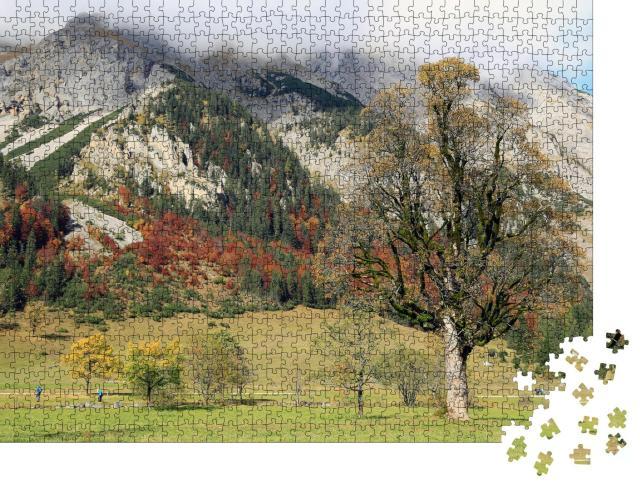 """Puzzle 1000 Teile """"Herbstliches Karwendelgebirge beim Naturdenkmal Großer Ahornboden, Österreich"""""""