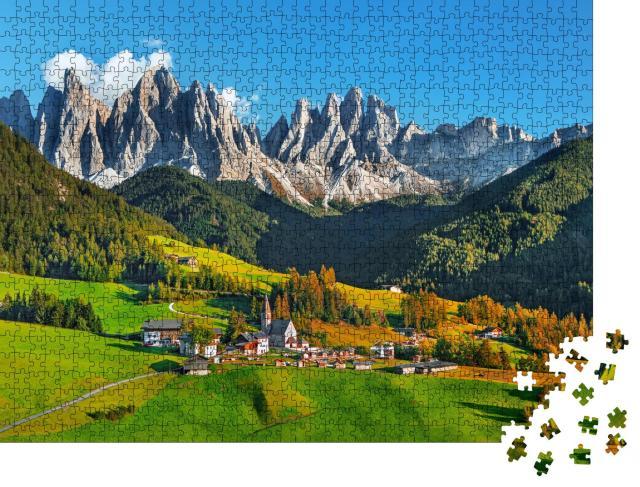 """Puzzle 1000 Teile """"Santa Maddalena mit magischen Dolomiten, Südtirol, Italien"""""""