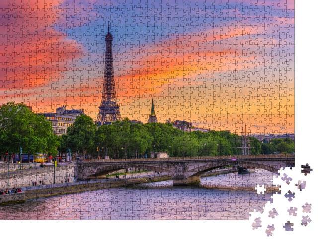 """Puzzle 1000 Teile """"Sonnenuntergang über Eiffelturm und Seine, Paris"""""""