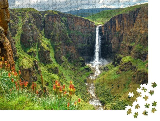 """Puzzle 1000 Teile """"Maletsunyane-Wasserfall in Lesotho, Afrika, schönster Wasserfall der Welt"""""""