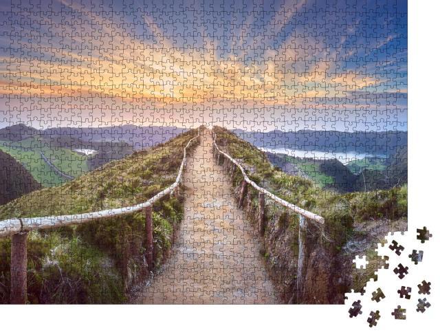 """Puzzle 1000 Teile """"Wanderweg mit Blick auf die Seen Ponta Delgada auf den Azoren,"""""""