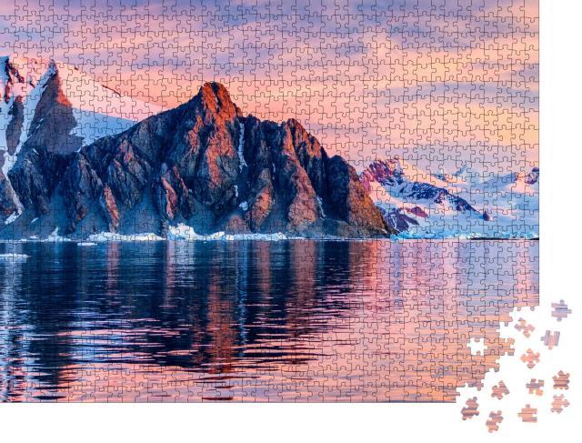 """Puzzle 1000 Teile """"Ein Bild eines Eisbergs in der Antarktis"""""""
