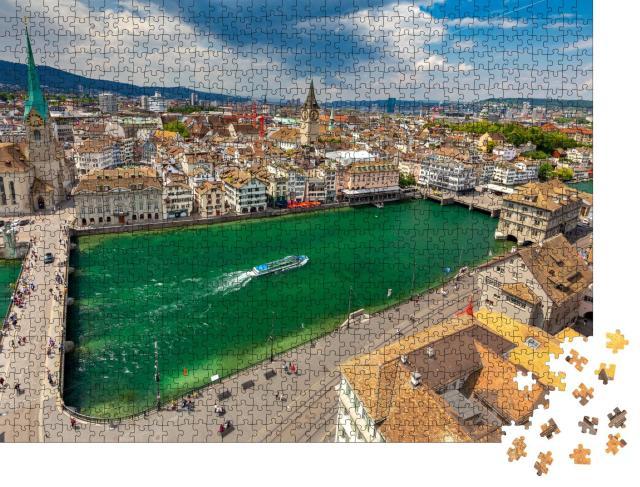 """Puzzle 1000 Teile """"Münsterbrücke über den Limmat in Zürich"""""""
