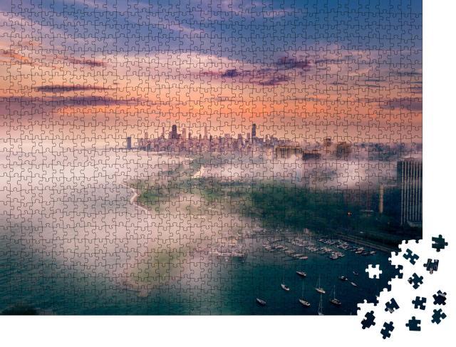 """Puzzle 1000 Teile """"Luftaufnahme: Chicago und Lake Michigan bei Nebel"""""""
