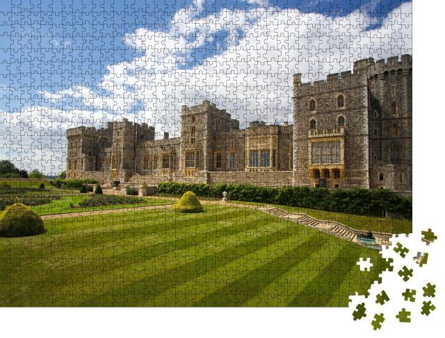 """Puzzle 1000 Teile """"Das eindrucksvolle Schloss Windsor bei London, Vereinigtes Königreich"""""""