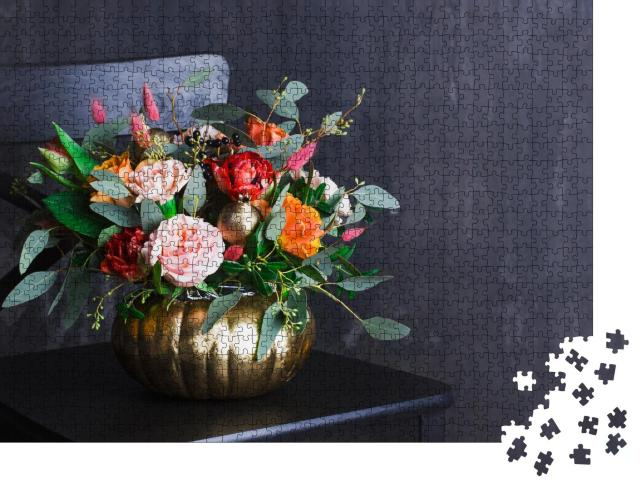 """Puzzle 1000 Teile """"Herbstblumenstrauß in farbiger Kürbis-Vase"""""""