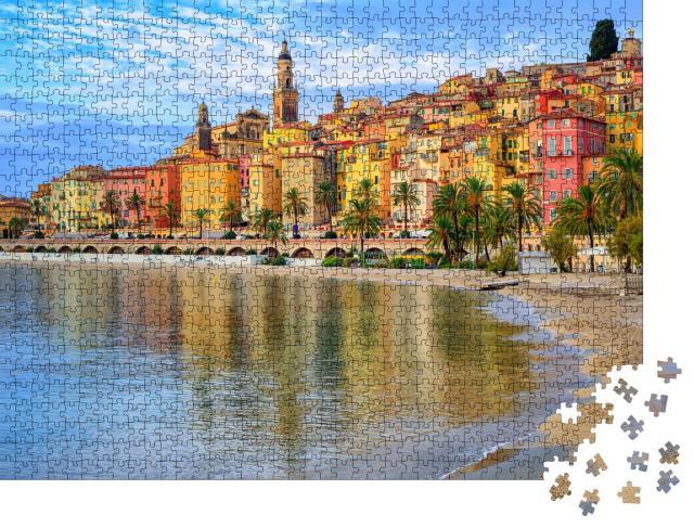 "Puzzle 1000 Teile ""Sandstrand unterhalb der Stadt Menton, Côte d'Azur, Frankreich"""