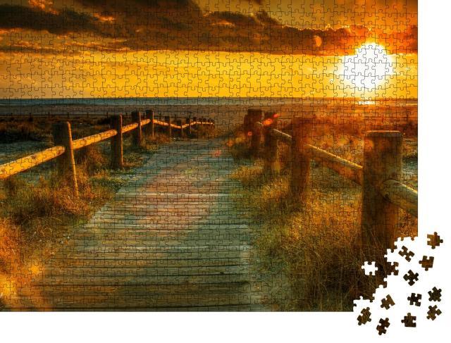 """Puzzle 1000 Teile """"Holzsteg zum Sonnenuntergang am Strand"""""""