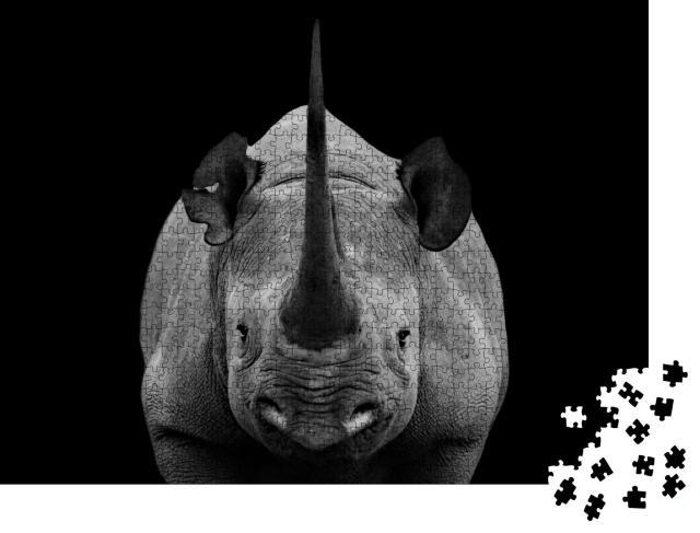 """Puzzle 1000 Teile """"Auge in Auge mit einem Nashorn, schwarz-weiß"""""""