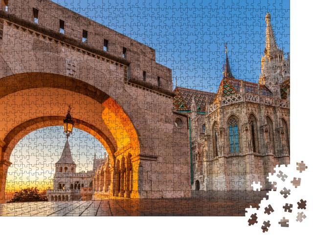 """Puzzle 1000 Teile """"Nordtor der Fischerbastei Halaszbastya bei Sonnenaufgang, Budapest, Ungarn"""""""