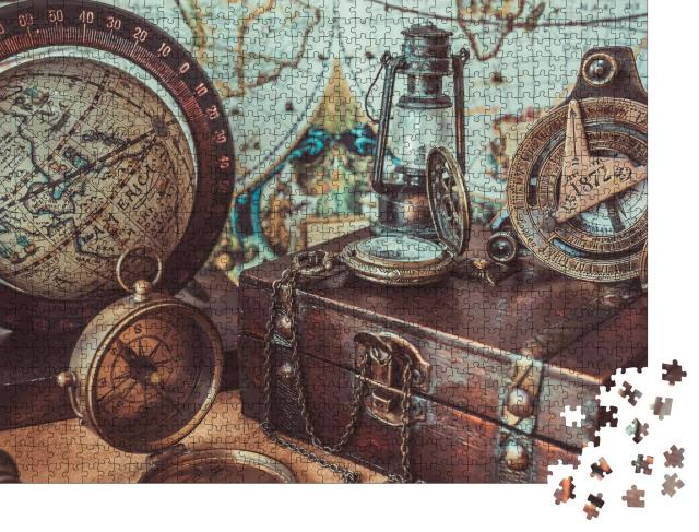 """Puzzle 1000 Teile """"Antike Sammlung: Kompass, Öllampe, Globus und Schatztruhe"""""""