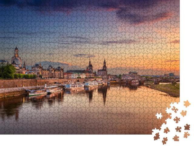 """Puzzle 1000 Teile """"Wunderschöner Blick auf Dresden am Abend, Deutschland"""""""