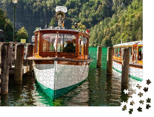 """Puzzle 1000 Teile """"Elektrische Touristenboote auf dem schönen Königssee, Bayern"""""""