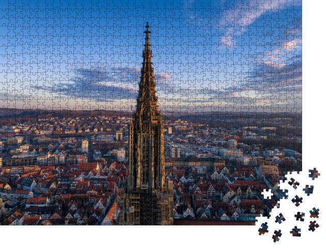 """Puzzle 1000 Teile """"Ulmer Münster bei Sonnenaufgang, Drohnenaufnahme, Deutschland"""""""