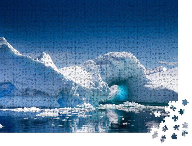 """Puzzle 1000 Teile """"Eisberg in der Pleneau Bay, Port Charcot, Antarktis"""""""
