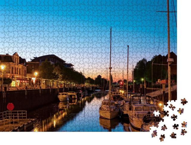"""Puzzle 1000 Teile """"Schöner Sonnenaufgang am Oldenburger Yachthafen"""""""