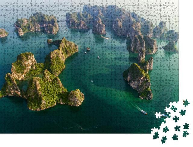 """Puzzle 1000 Teile """"Wunderschöne Halong-Bucht, Vietnam, Südostasien. UNESCO-Weltkulturerbe"""""""