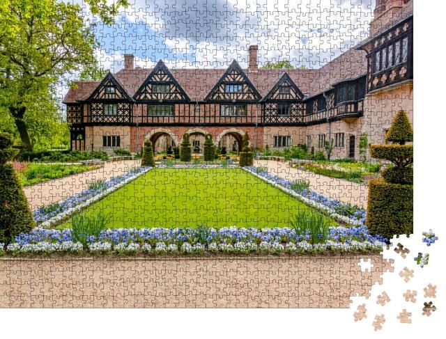 """Puzzle 1000 Teile """"Schloss Cecilienhof im Neuen Park, Potsdam"""""""