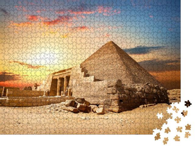 """Puzzle 1000 Teile """"Ruinen der Cheopspyramide in Kairo, Ägypten"""""""