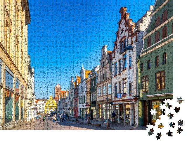 """Puzzle 1000 Teile """"Malerische Altstadt von Wismar, Deutschland"""""""