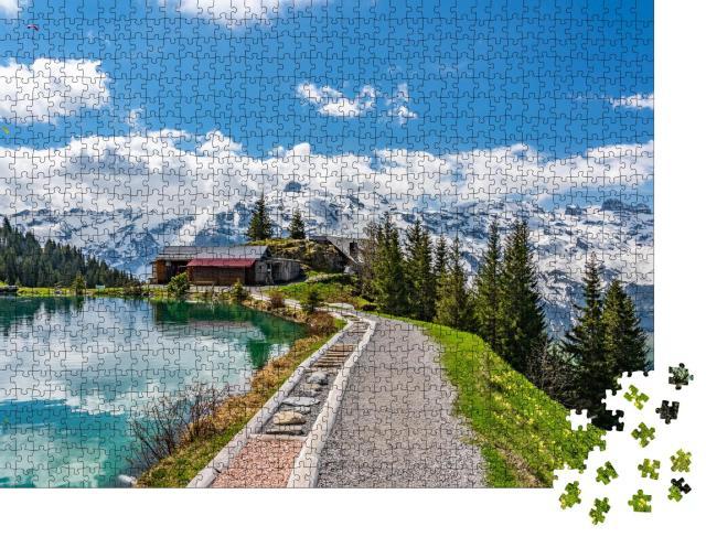 """Puzzle 1000 Teile """"Wunderschöner Bergsee bei Schönegg in den Schweizer Alpen"""""""