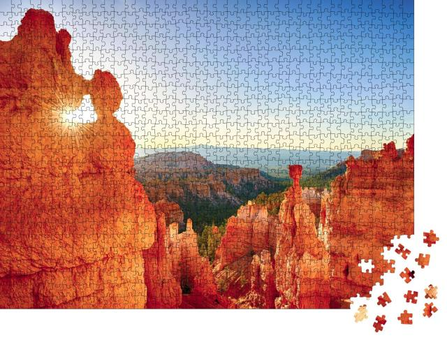 """Puzzle 1000 Teile """"Felsiges Sonnenfenster, Bryce Canyon National Park, USA"""""""
