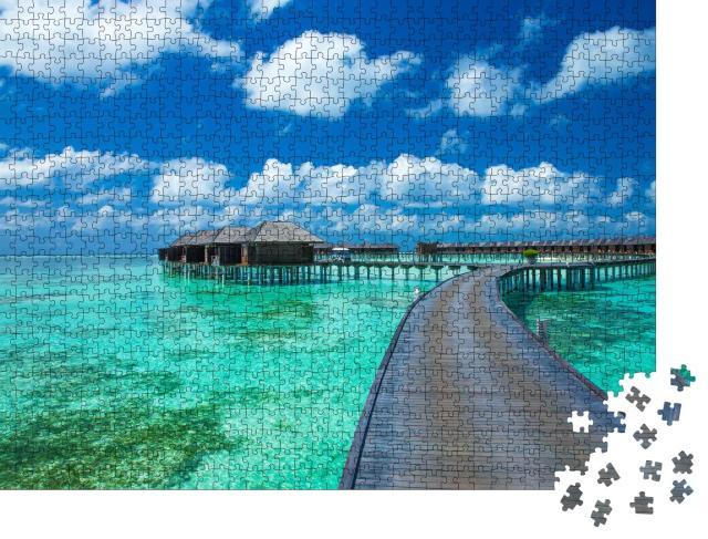 """Puzzle 1000 Teile """"Schöner Strand mit Wasserbungalows, Malediven"""""""