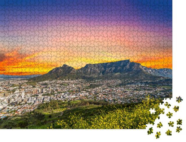 """Puzzle 1000 Teile """"Kapstadt mit Tafelberg in der ruhigen Dämmerung am Westkap Südafrikas"""""""