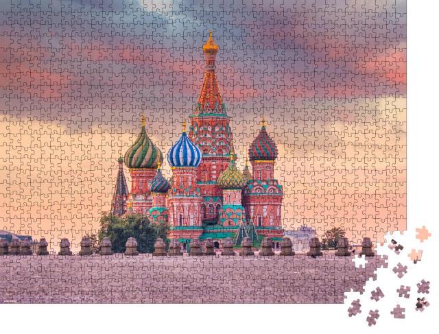 "Puzzle 1000 Teile ""Basilius-Kathedrale am Roten Platz in Moskau bei Sonnenaufgang, Russland"""